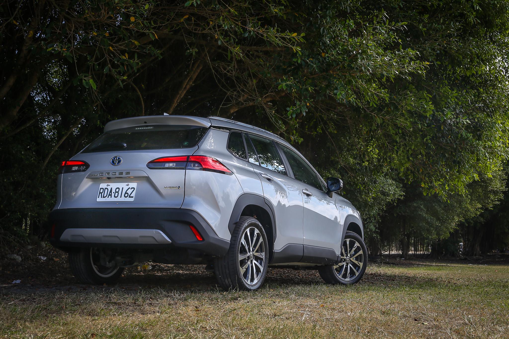 延續 Toyota 新世代設計風格,但論整體的造型獨特性,個人認為沒有 C-HR 或是 RAV4 風格來得強烈。