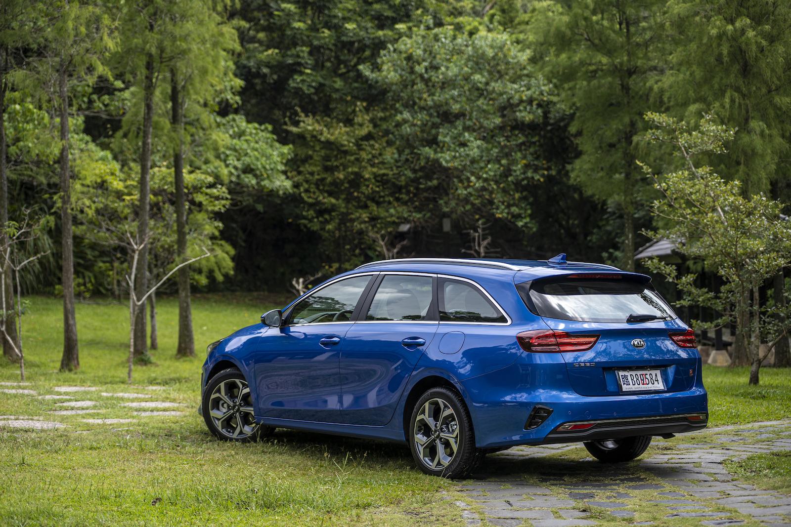 試駕車型為 Kia Ceed Sportswagon ,正式售價為新台幣 109.8萬元。