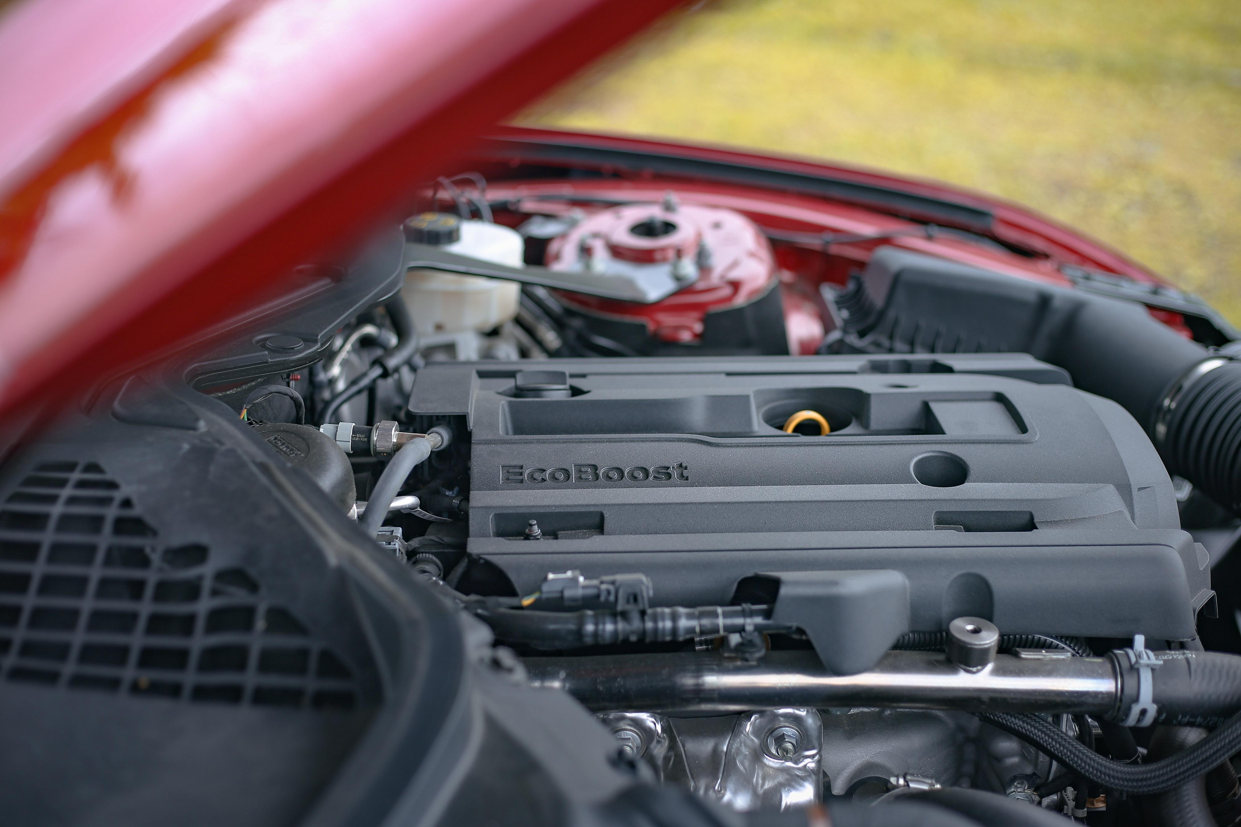 此具 2.3 升 EcoBoost 直四雙渦流渦輪增壓引擎輸出 290 hp/5,400 rpm、45.0 hp/3,000 rpm。