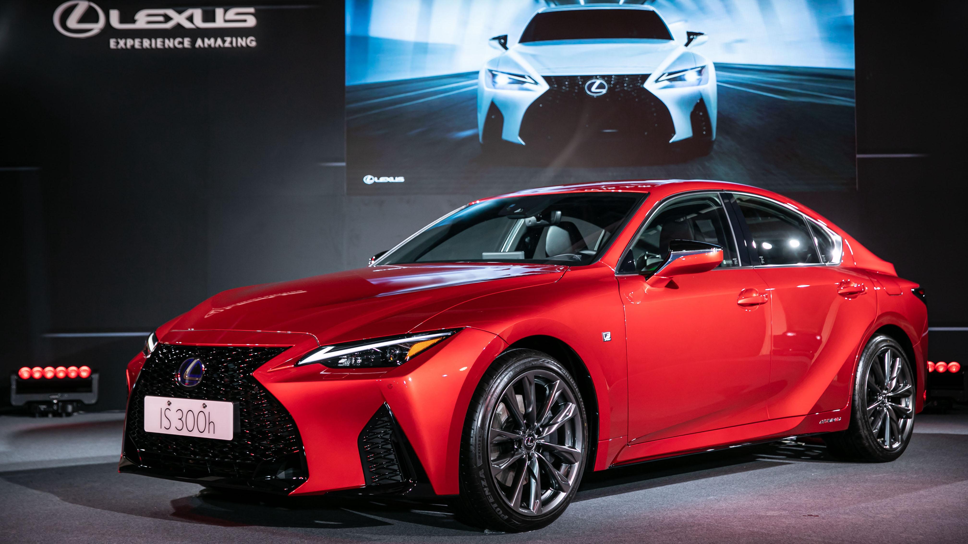 小改款 Lexus IS 300h 三車型 189 萬起全新上市