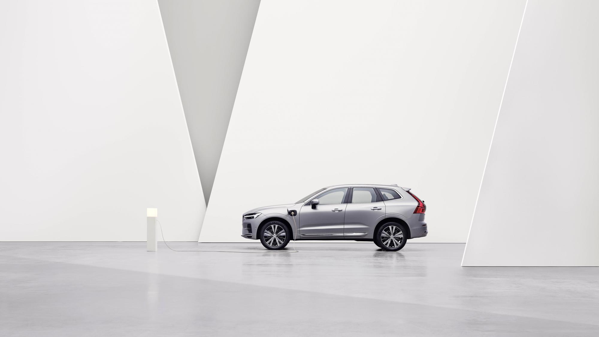▲ Volvo 全新年式 PHEV 車型開放接單!21 年式 PHEV 車款調降售價 3%