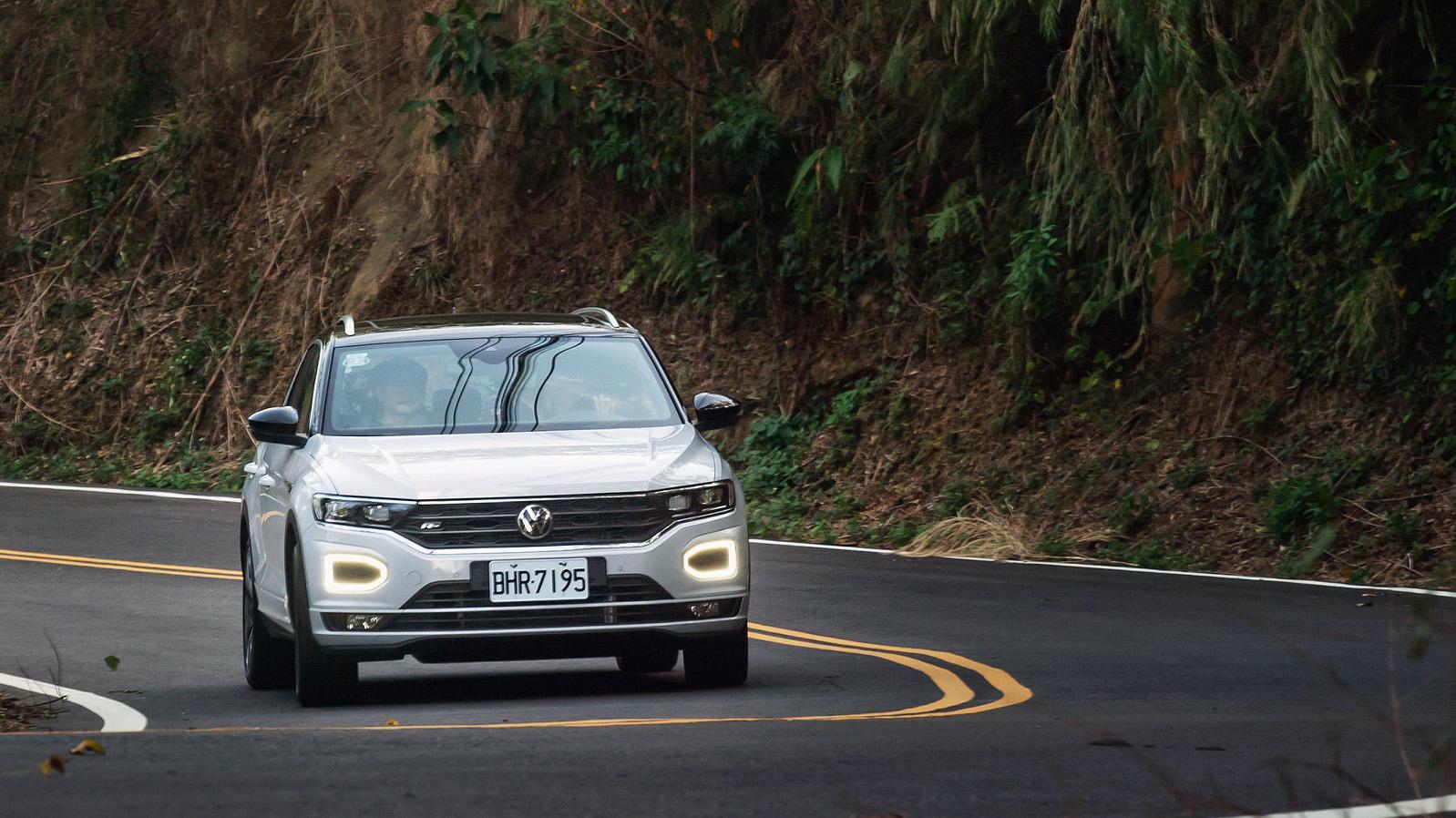 環保、性能兼具 Volkswagen 21 年式新車搭載最新 EA211 evo 引擎