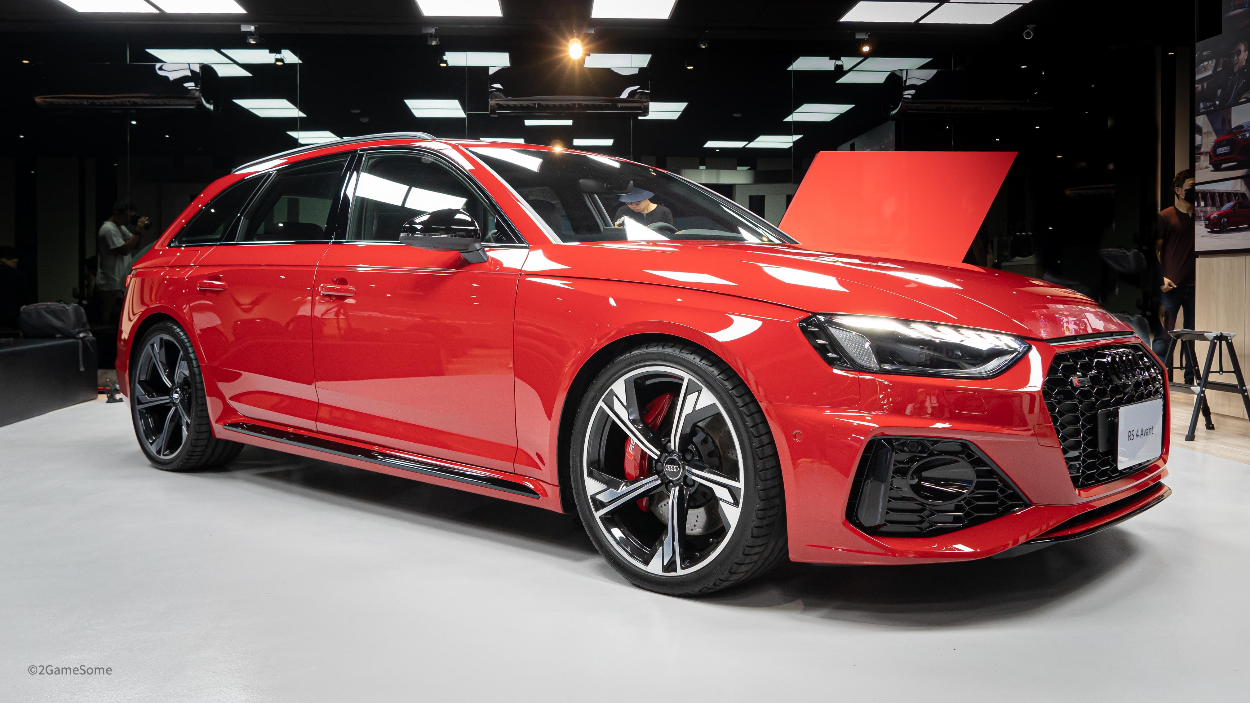 Audi RS 性能大軍年底前到齊,RS 4 Avant 搶先亮相!