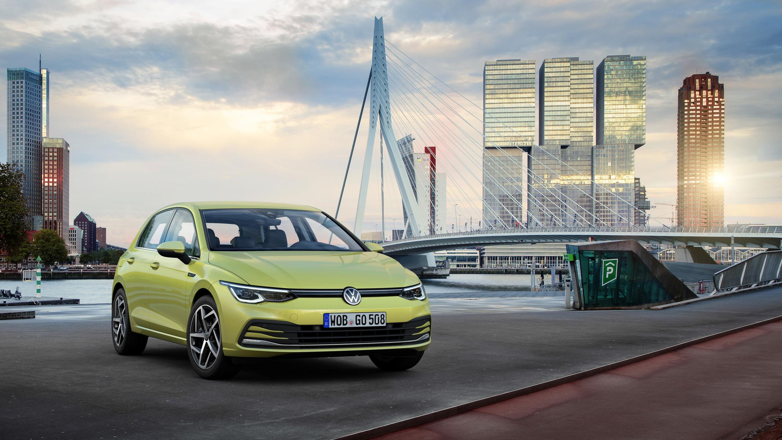 VW 全新 8 代 Golf 94.8 萬開賣!Variant 121.8 萬、GTI 159.8 萬同步上市