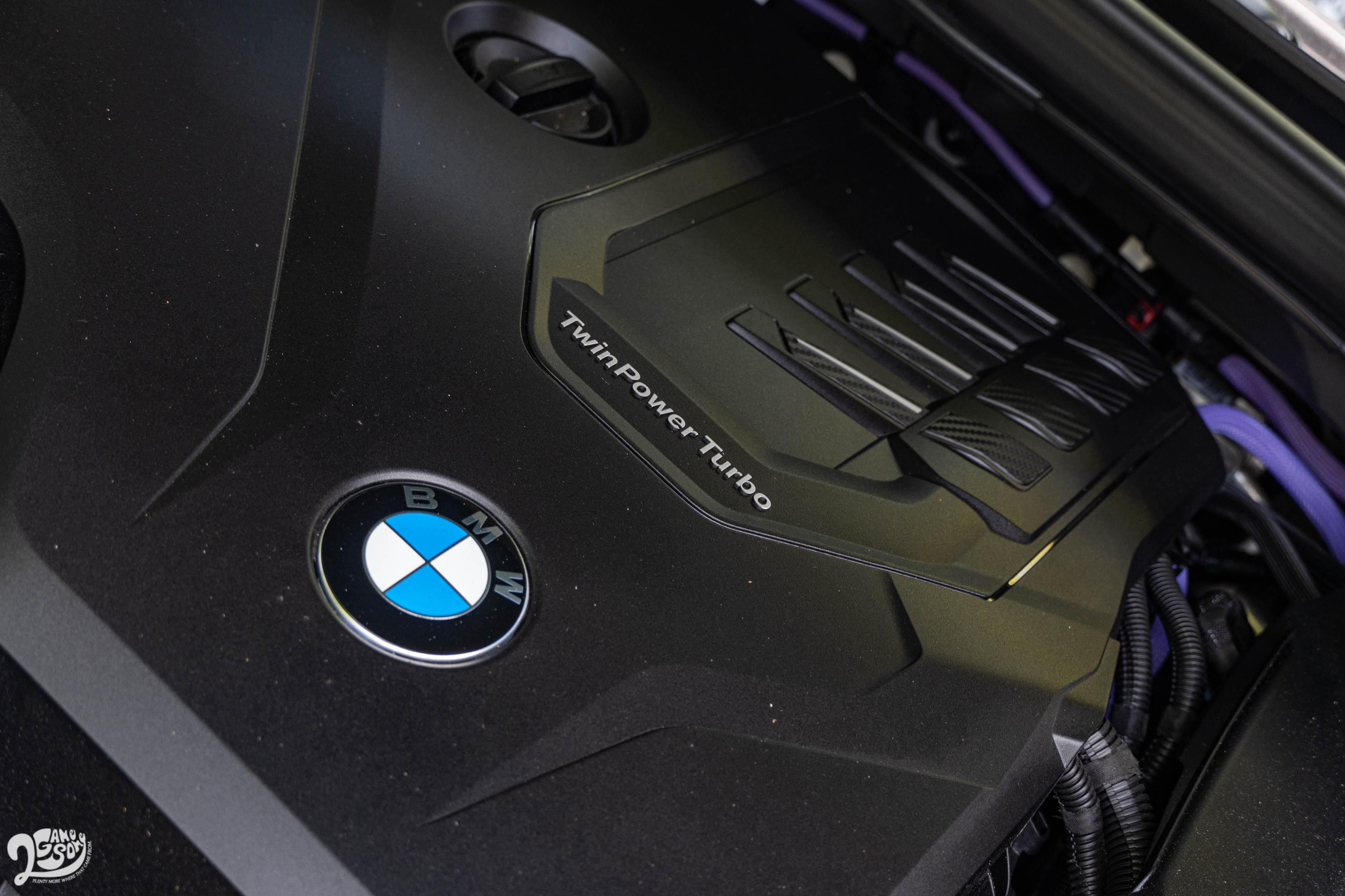 48V 系統運作非常細膩,可以聽到引擎的發動與休止,但震動微乎其微。