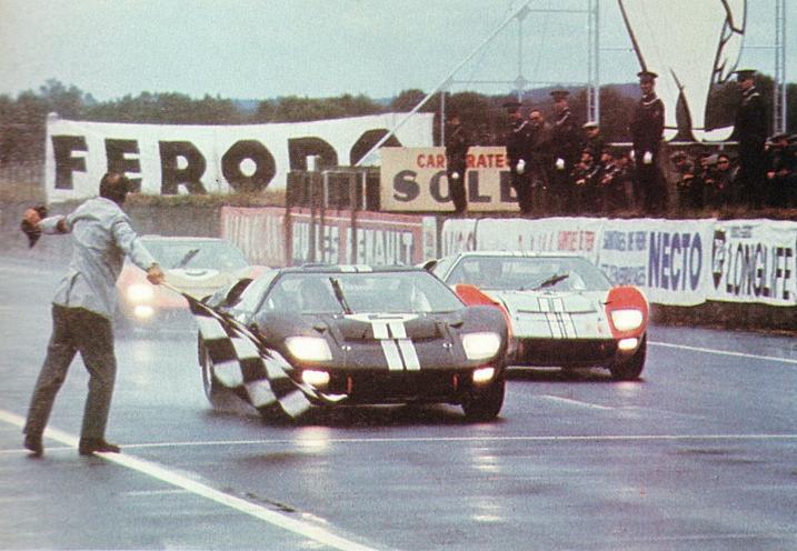 Ford 在 1966 年的「利曼 24 小時耐力賽」成功打破 Ferrari 五連冠紀錄,一舉奪下該賽事前三名,成為首次奪冠的美國汽車品牌。