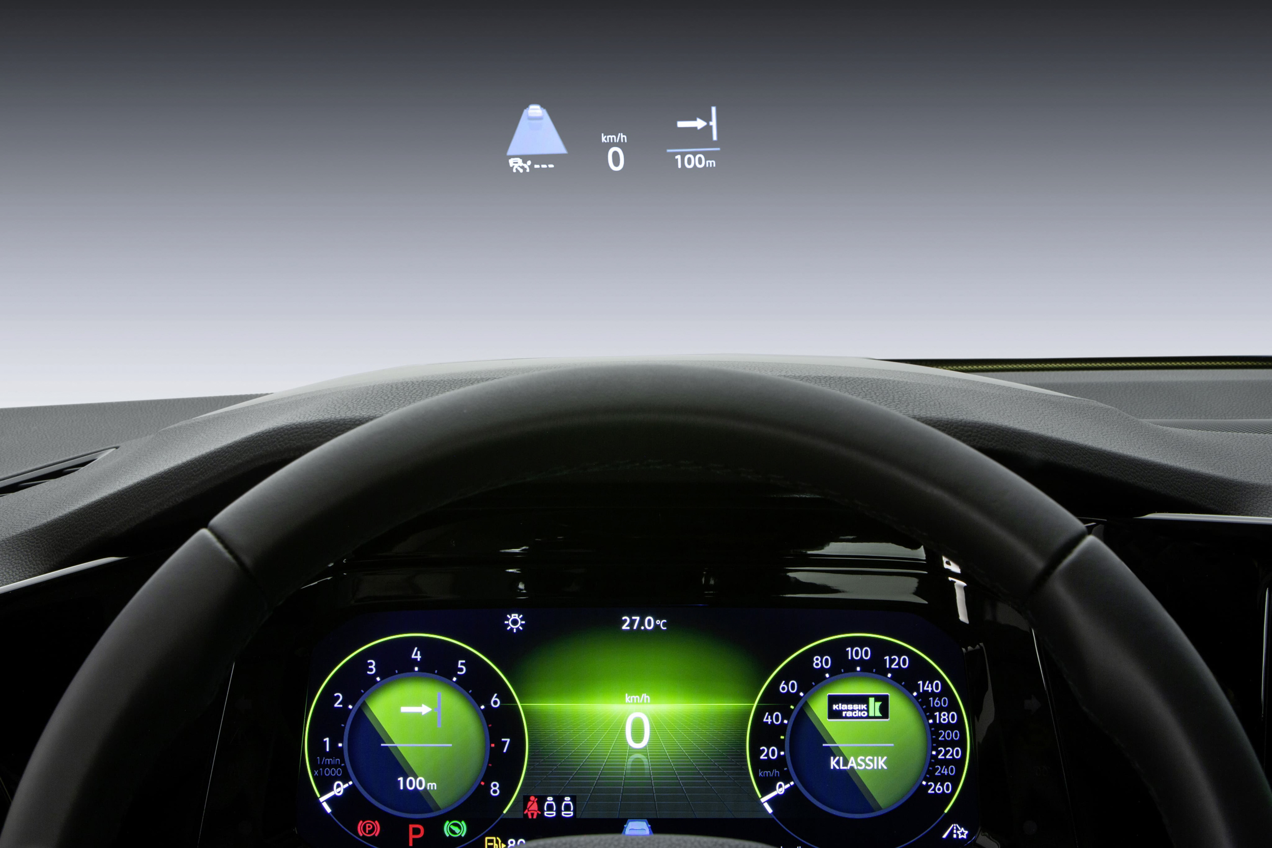 Style以上車型可選配HUD抬頭顯示器(投影式)。