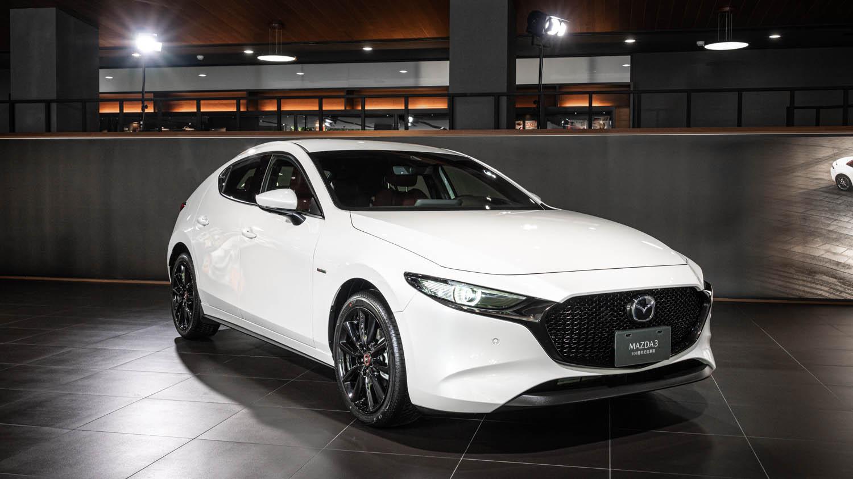 Mazda3。