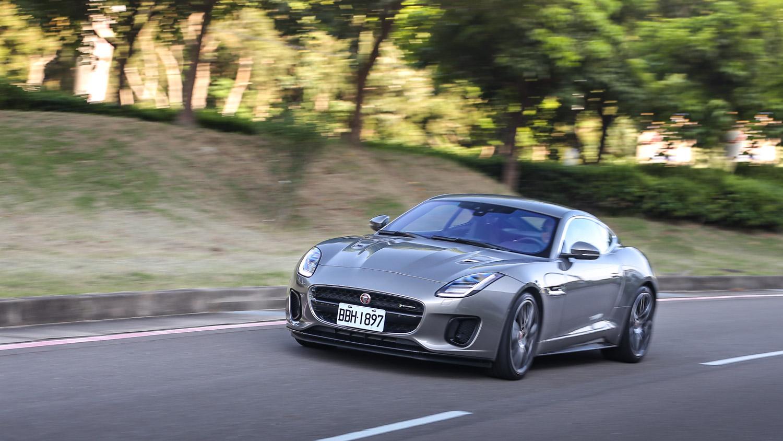 你可能會輕視,但 Jaguar F-Type 可不讓你輕試!