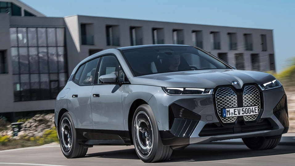全新 BMW iX 純電休旅 Shy Tech 展現內斂之美