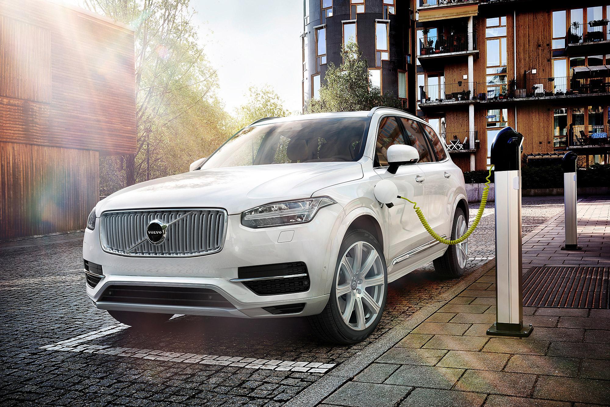 XC90 T8 Twin Engine 是 SPA 模組化平台的首款 PHEV 動力產品,也宣示 Volvo 的電動化戰略全面啟動。