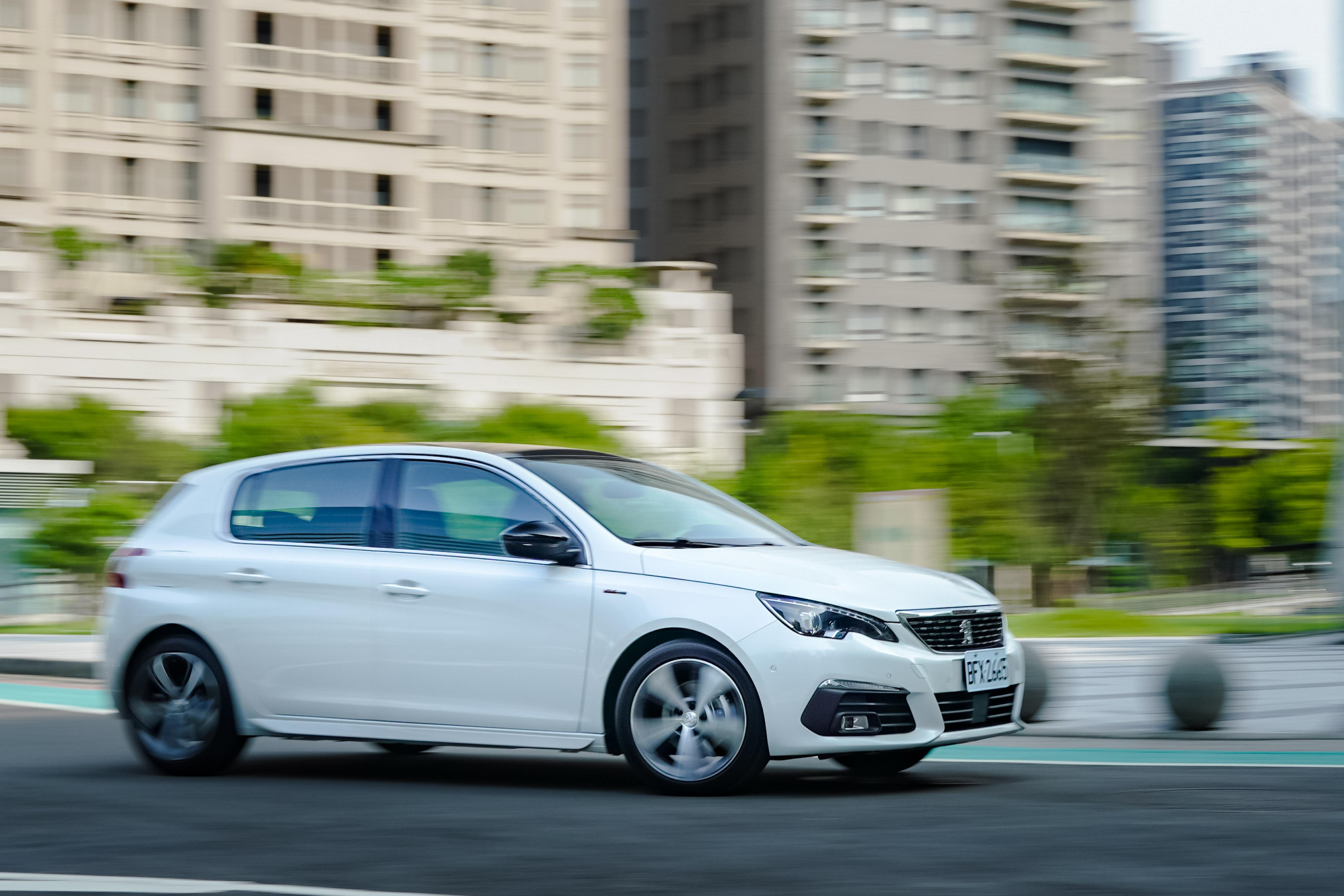 Peugeot 308 的底盤與操控設定是舒適與樂趣的理想平衡。