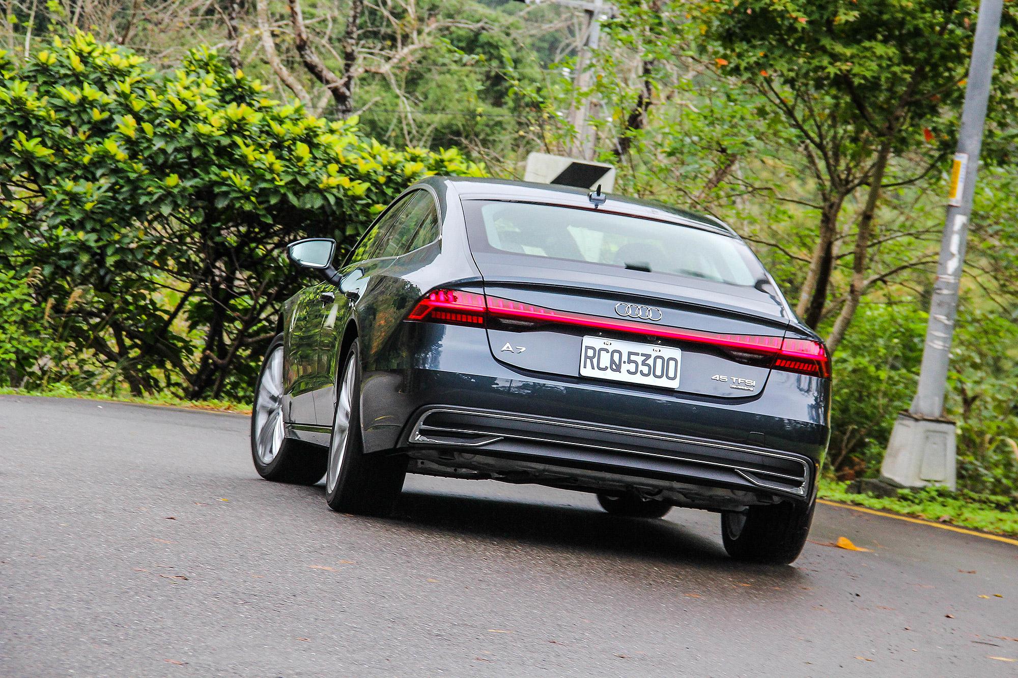 豪華車應有的舒適性與平順,在 A7 Sportback 上都能找得到。