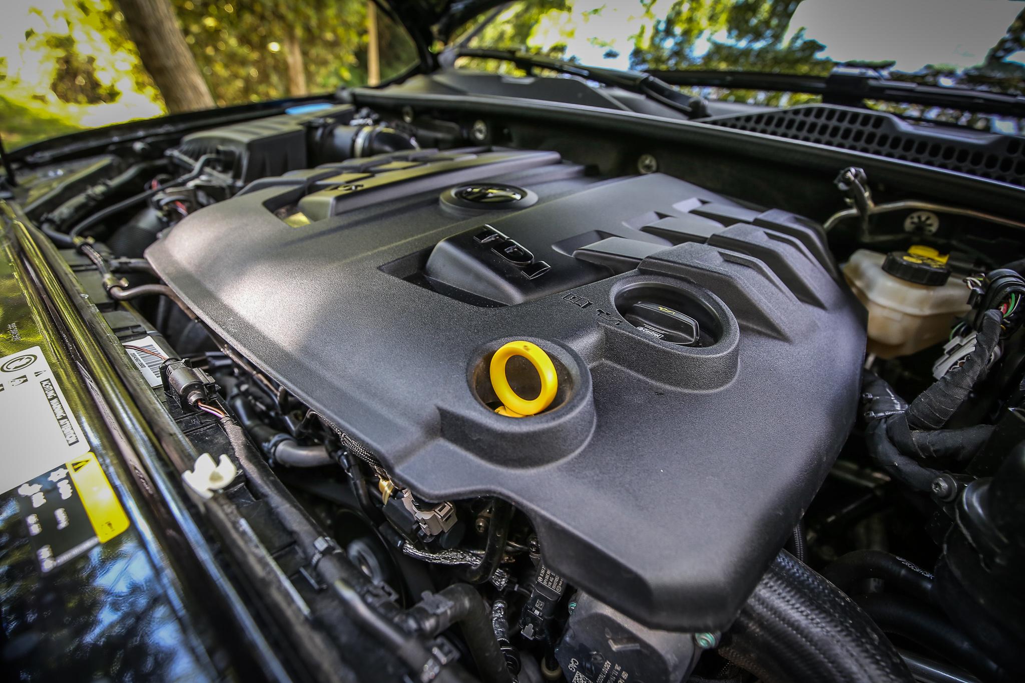 搭載 3.0 升渦輪增壓 V6 柴油引擎,具備 204ps/3000~4500rpm 最大馬力輸出,最大扭力為 51kgm/1250~2750rpm。