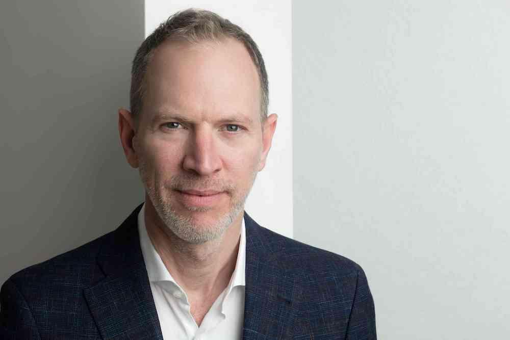 「House of Beautiful Business」年度聚會籌辦人、暢銷書「The Business Romantic Society」作者的 Tim Leberecht。