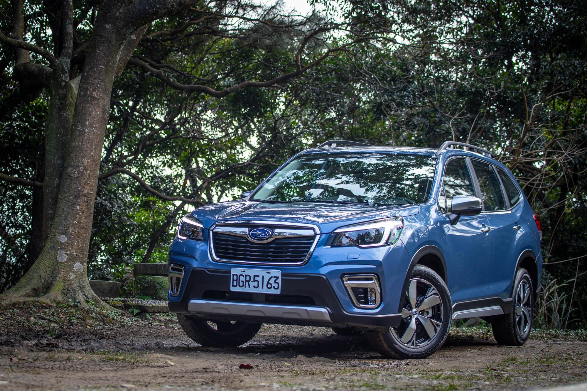 試駕車款為 2021 年式 Subaru Forester 2.0i-S Eyesight,售價為新台幣 112.8 萬。