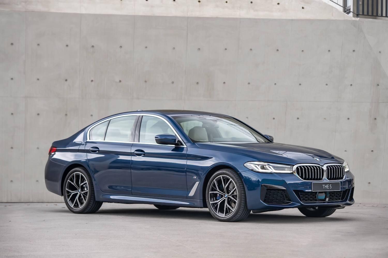 全新BMW 5系列建議售價 265 萬元起。