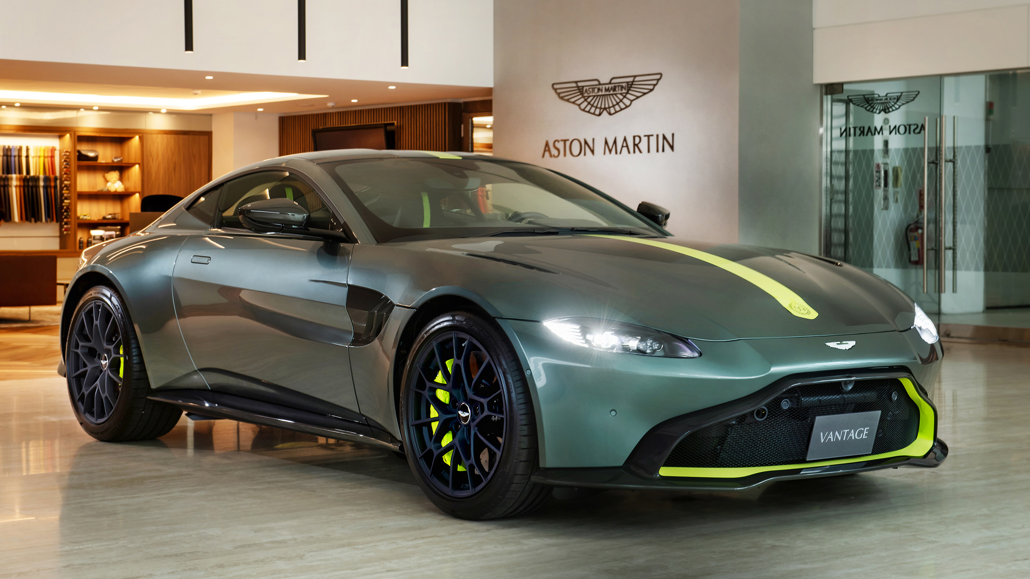 Aston Martin Vantage AMR Manual 59 Edition 1,380 萬限量抵台