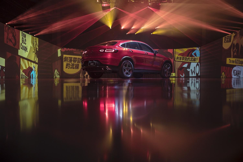 全新 Mercedes-Benz GLC Coupé。