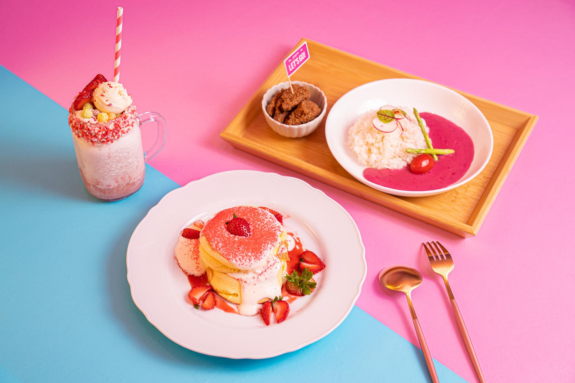 Gogoro 與知名 Boogoo Café 布咕咖啡和深夜裡的法國手工甜點合作,推出 Gogoro Piiink系列客製飲品和甜品。