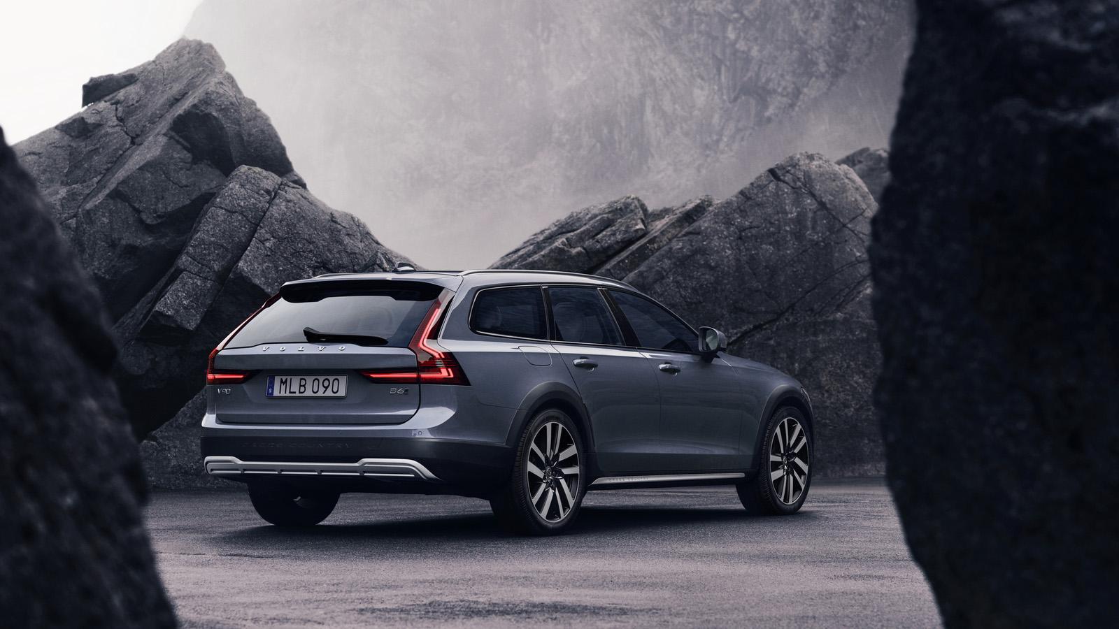 輕油電又一發,Volvo V90 Cross Country 259 萬元正式開賣