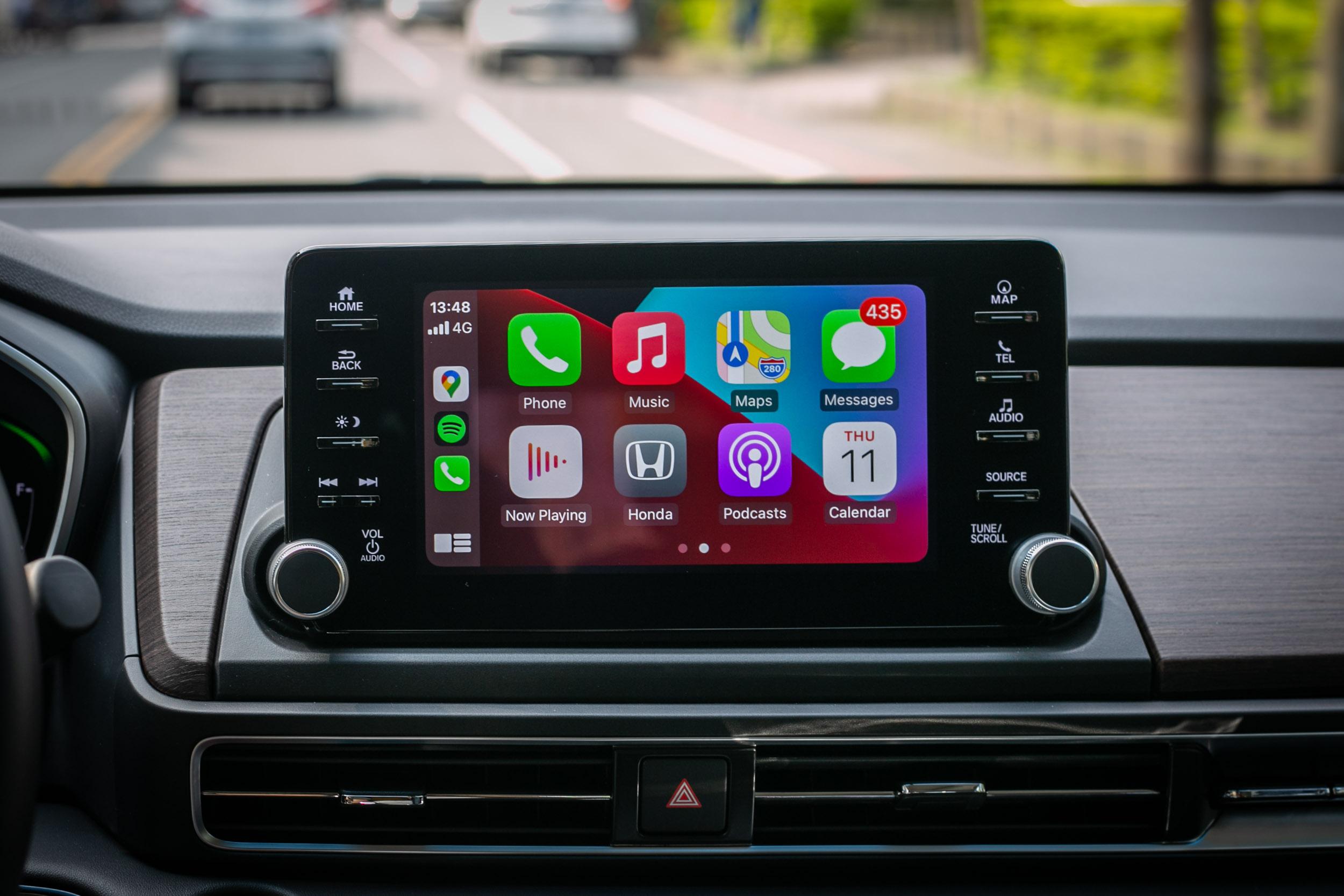 內建Apple CarPlay與 Android Auto 手機整合功能,實用性加分。