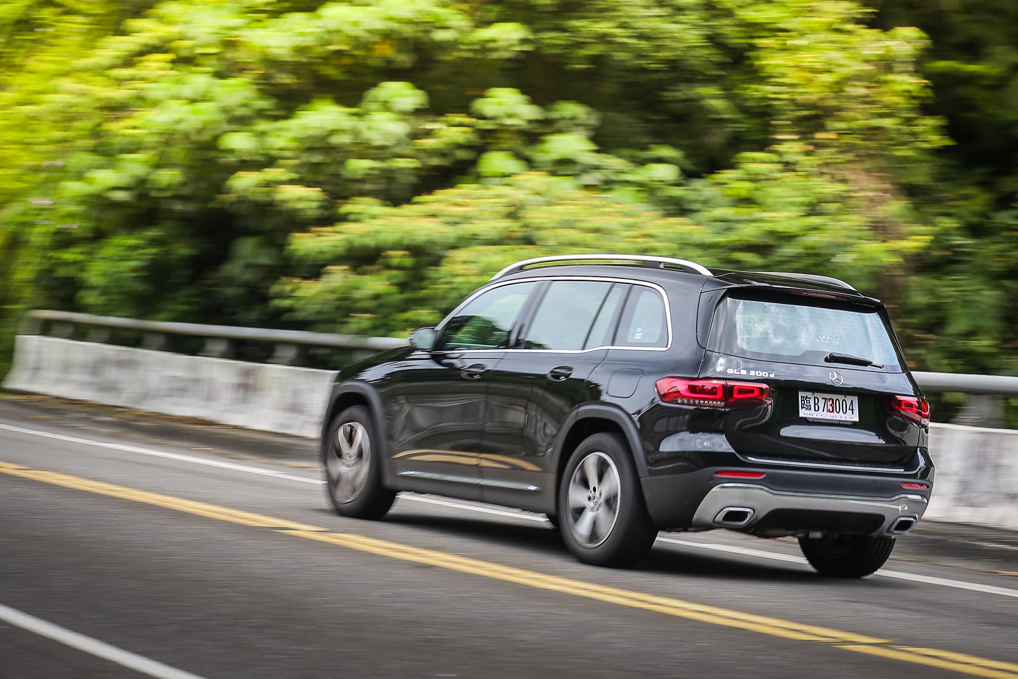以其車價與品牌價值而言,NVH 隔音制震表現仍有進步空間,實為可惜之處。