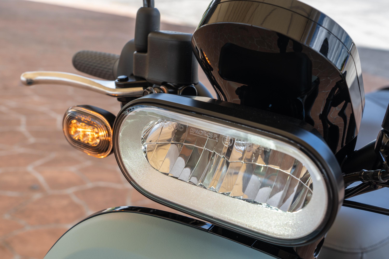 LED 頭燈規格。