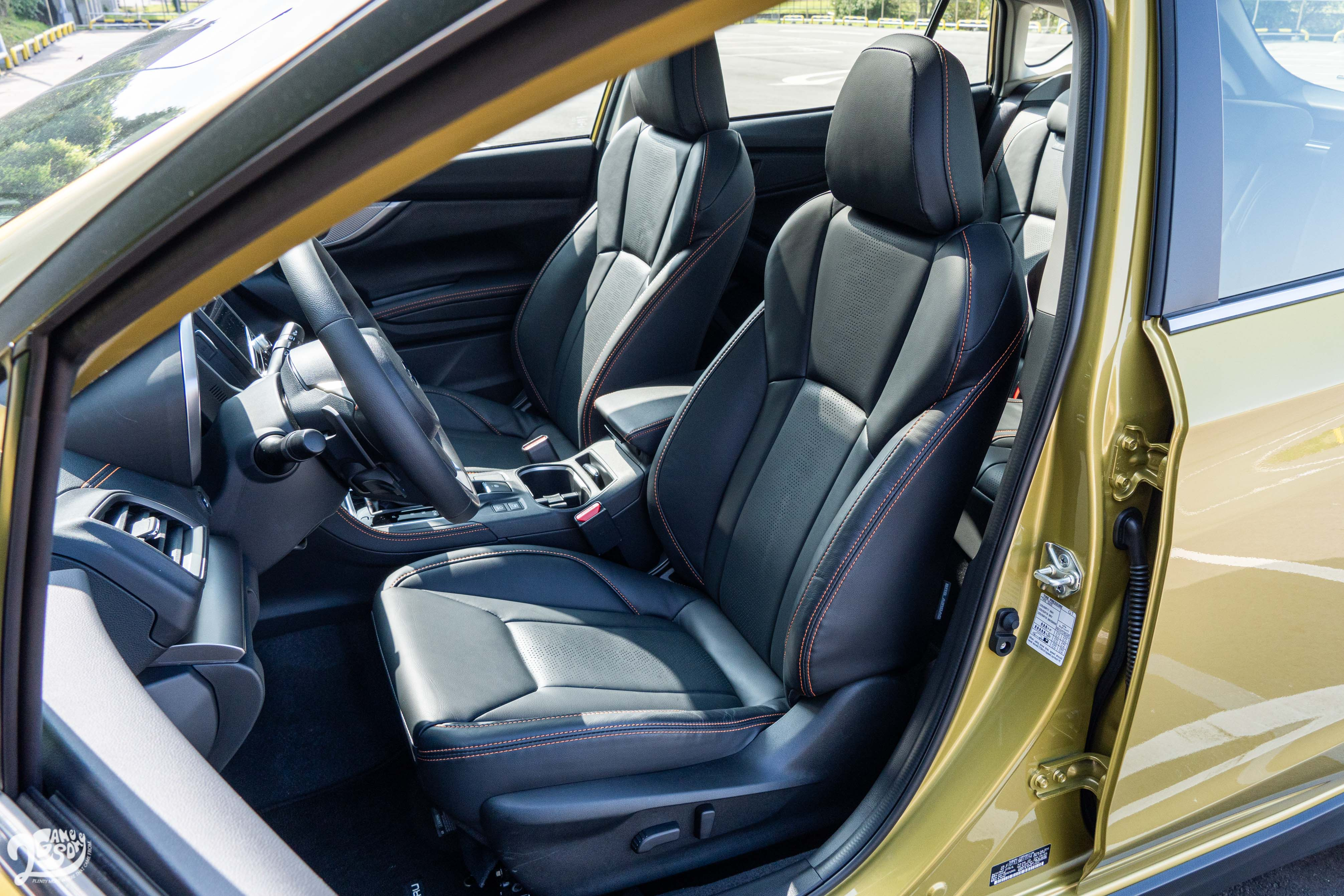 新年式 XV 新增兩組駕駛座記憶功能。