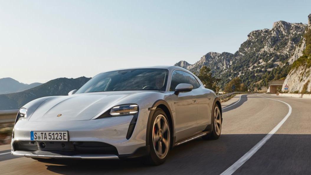 Porsche 首季創佳績,Taycan 人氣逼近 911