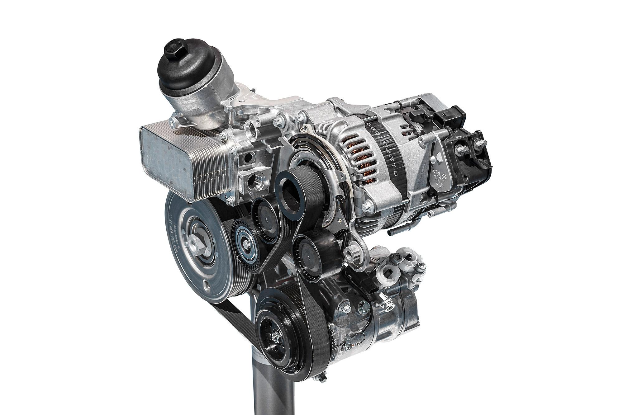 Mercedes-Benz 以 EQ Boost 稱呼配有 Mild-Hybrid 系統的動力。