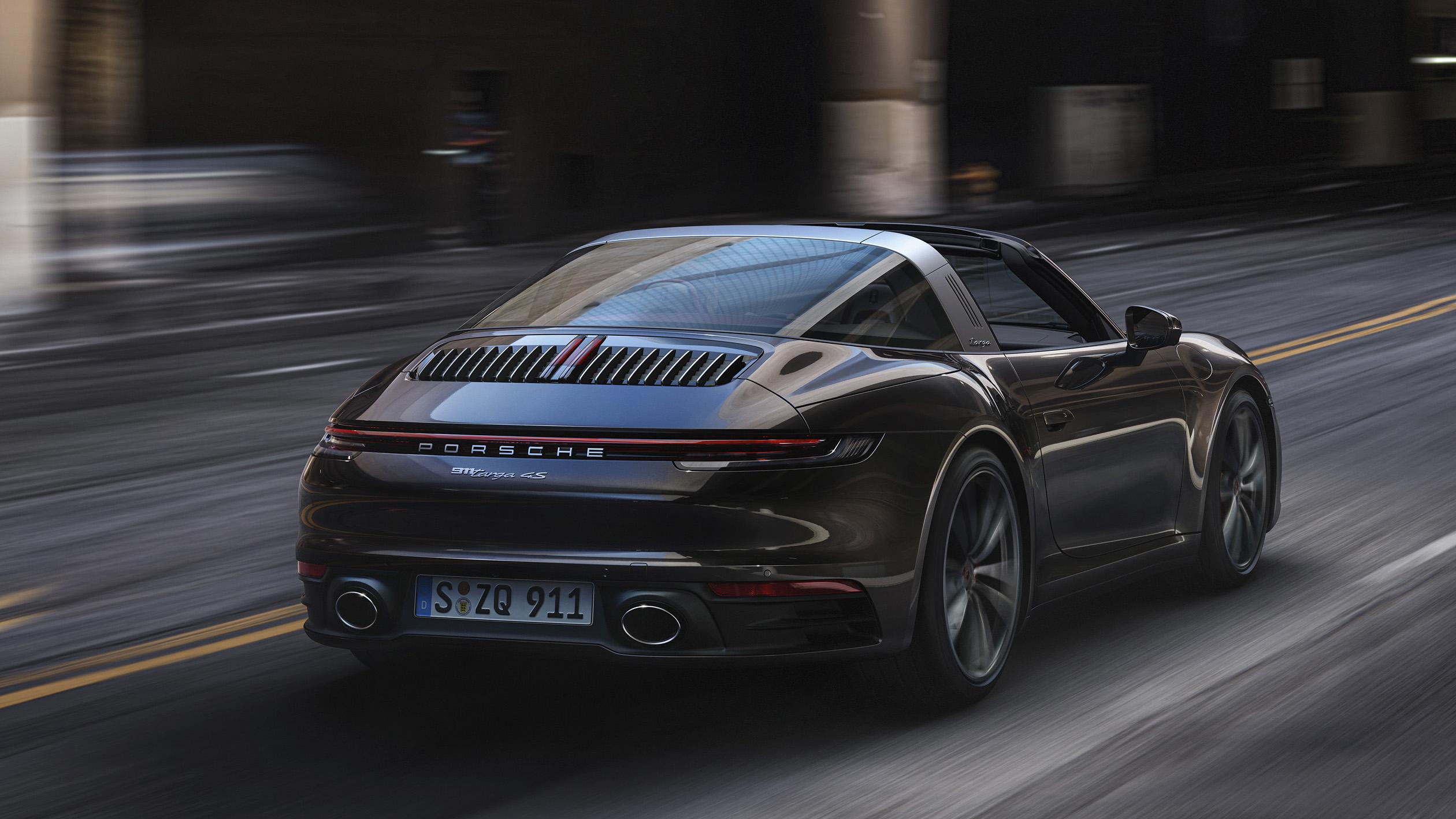 經典與時俱進,全新 Porsche 911 Targa 4S 792 萬登台