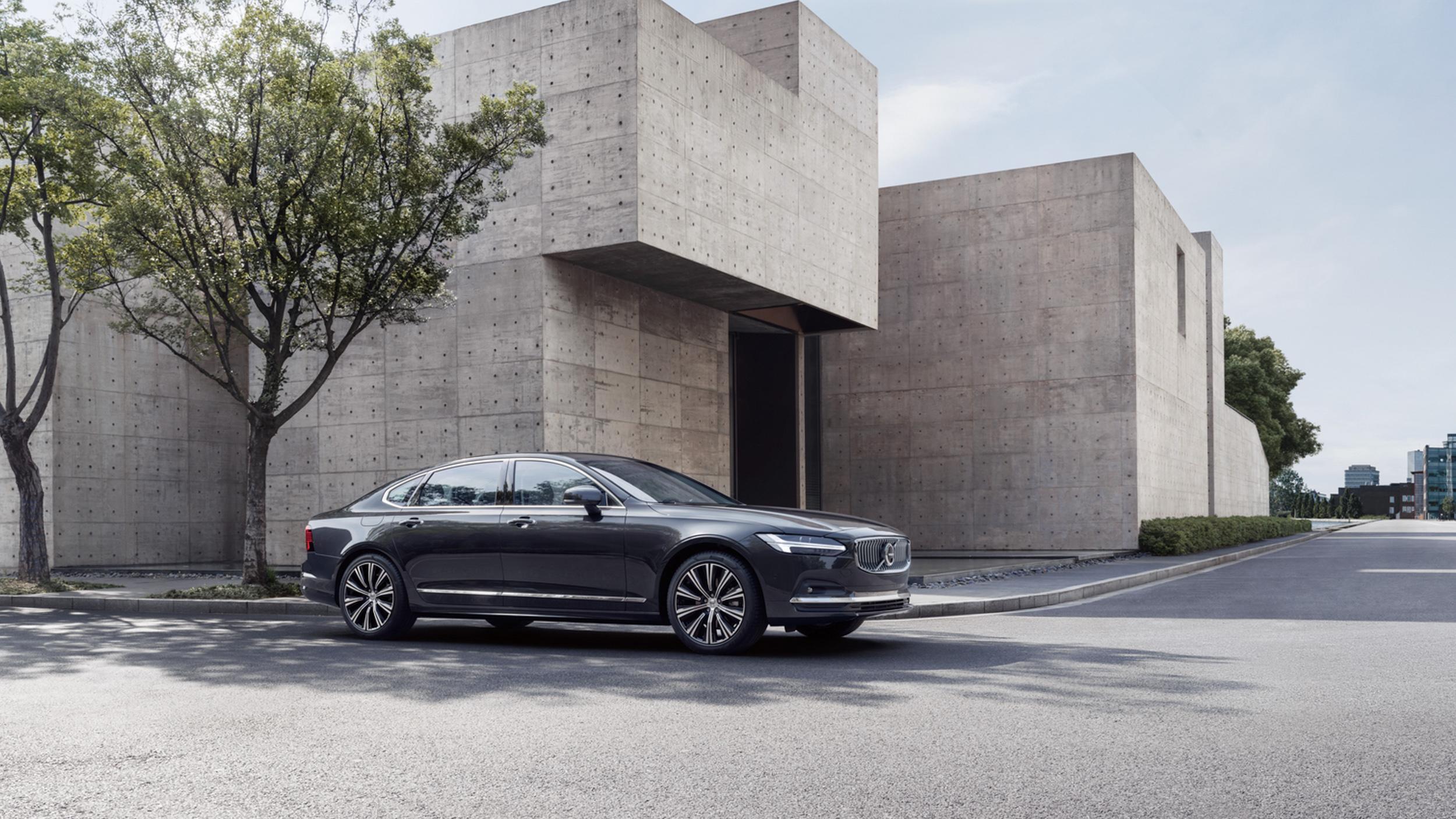 Volvo S90 拉長車身進化上市!三車型選擇售價 239 萬元起