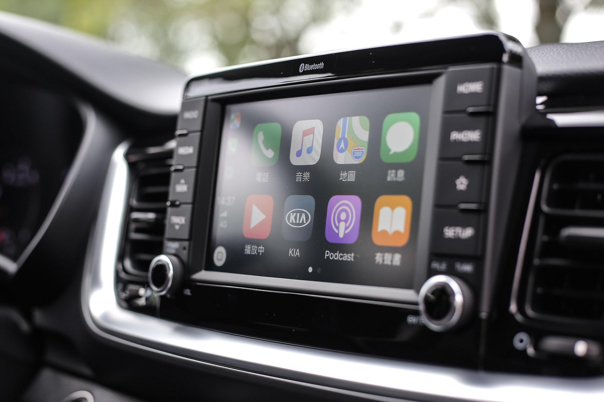 全車系標配 Apple Carplay 與 Android Auto。