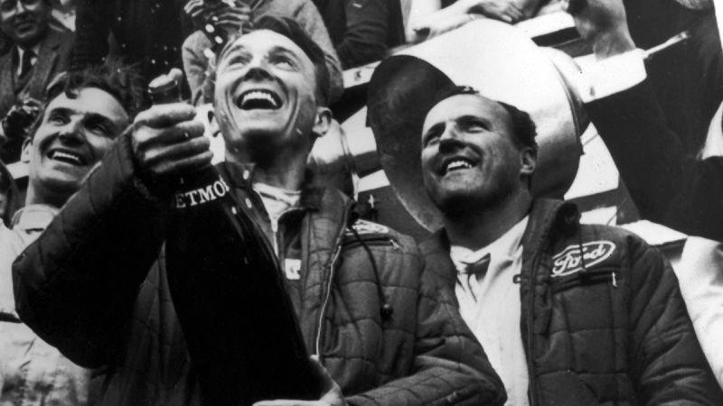 Ford 車隊於 1967 年法國「利曼 24 小時耐力賽」成功衛冕冠軍,冠軍車手 Daniel Sexton Gurney 賽後激動地把香檳噴向頒獎台上的人,被當時媒體稱作「Champagne Shower」。