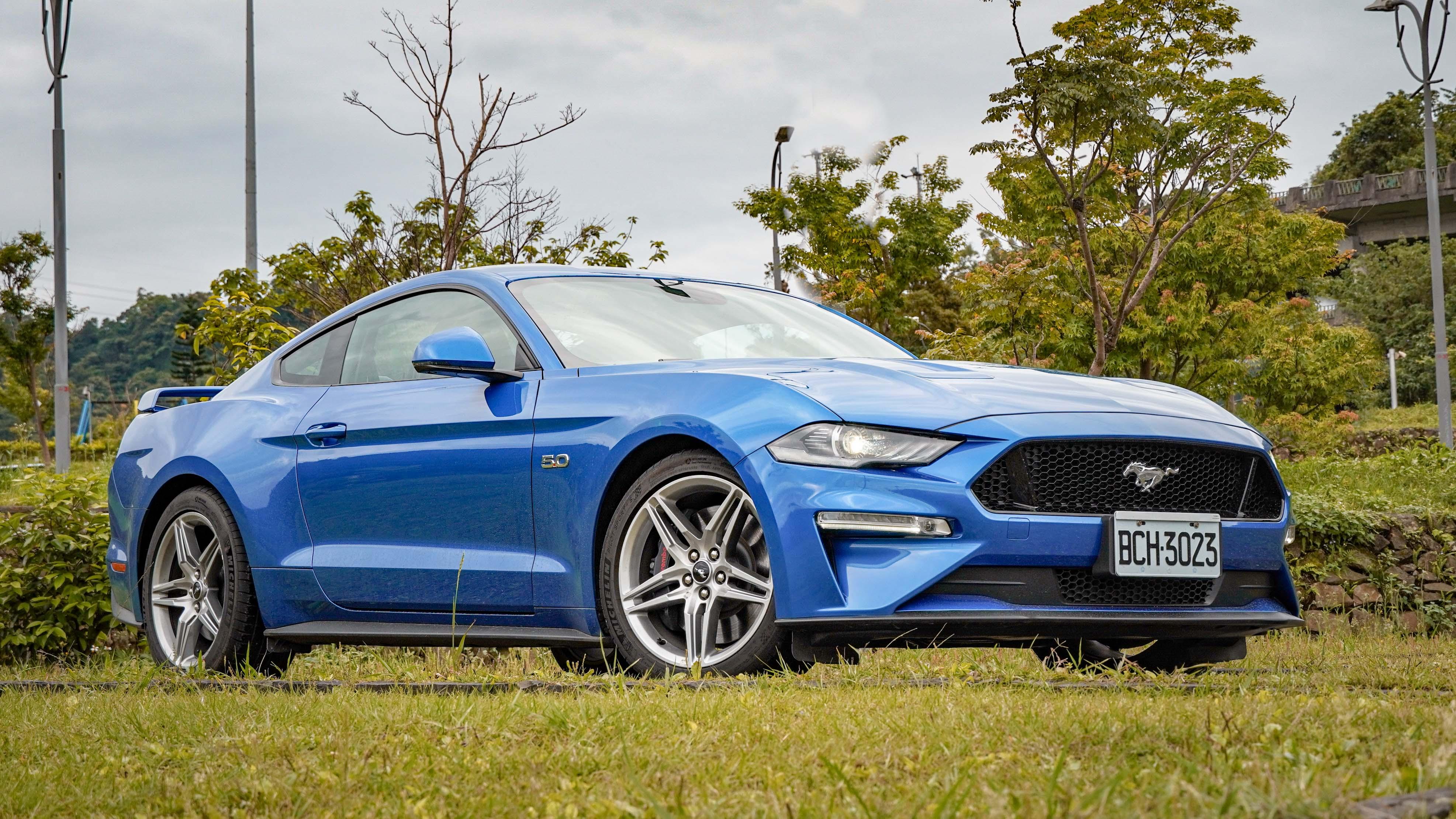 Mustang GT Premium 保留美式跑車大排氣量的原汁原味。