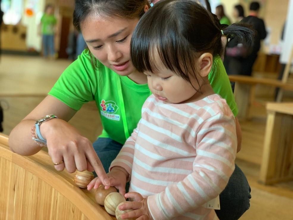 「Toyota 玩具愛分享」系列活動邁入第五週年,全台 15 場玩具復活節邀請大小朋友一同參與環保玩具 DIY。