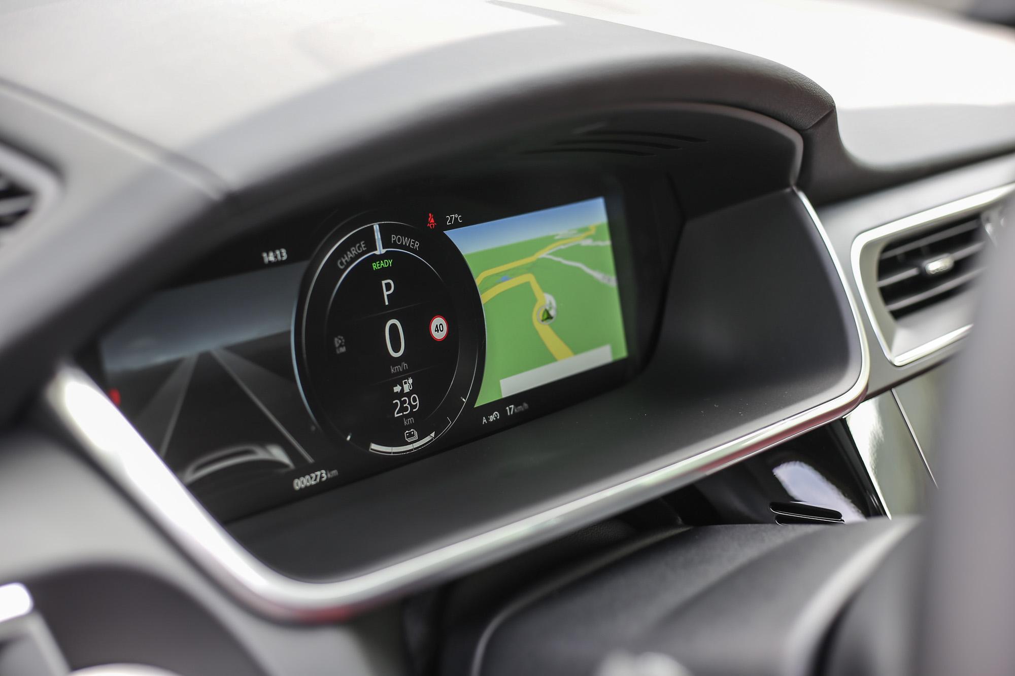 12.3 吋螢幕構成的數位儀表板。