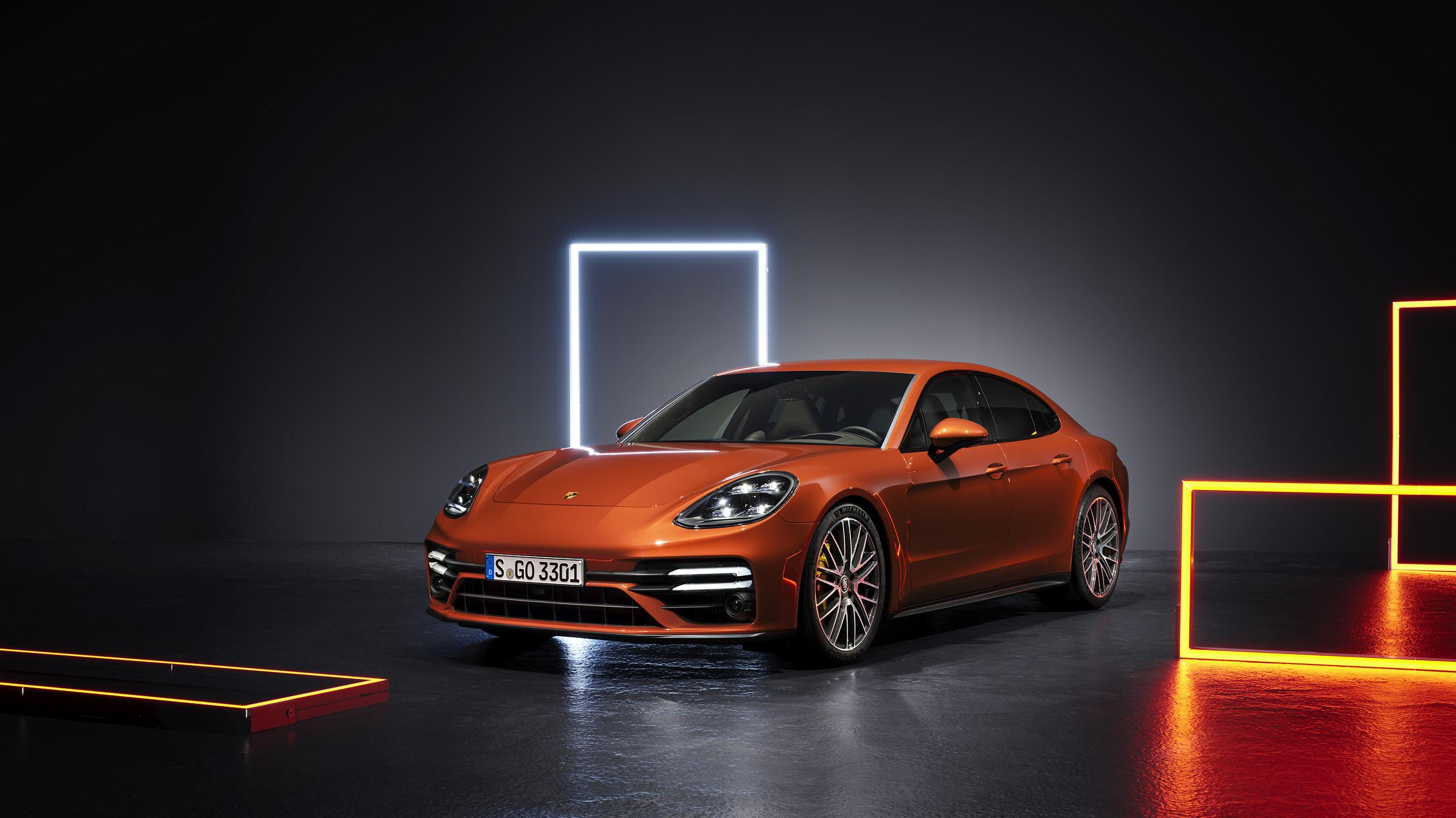 小改款 Porsche Panamera 499 萬起,頂級車型 3.1 秒破百