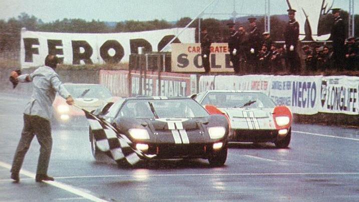 看【賽道狂人】前,先看懂 Ford GT40!