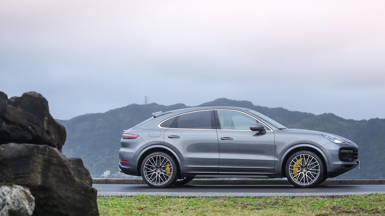 既生瑜何生亮?買 Porsche Cayenne 前要不要先想想?
