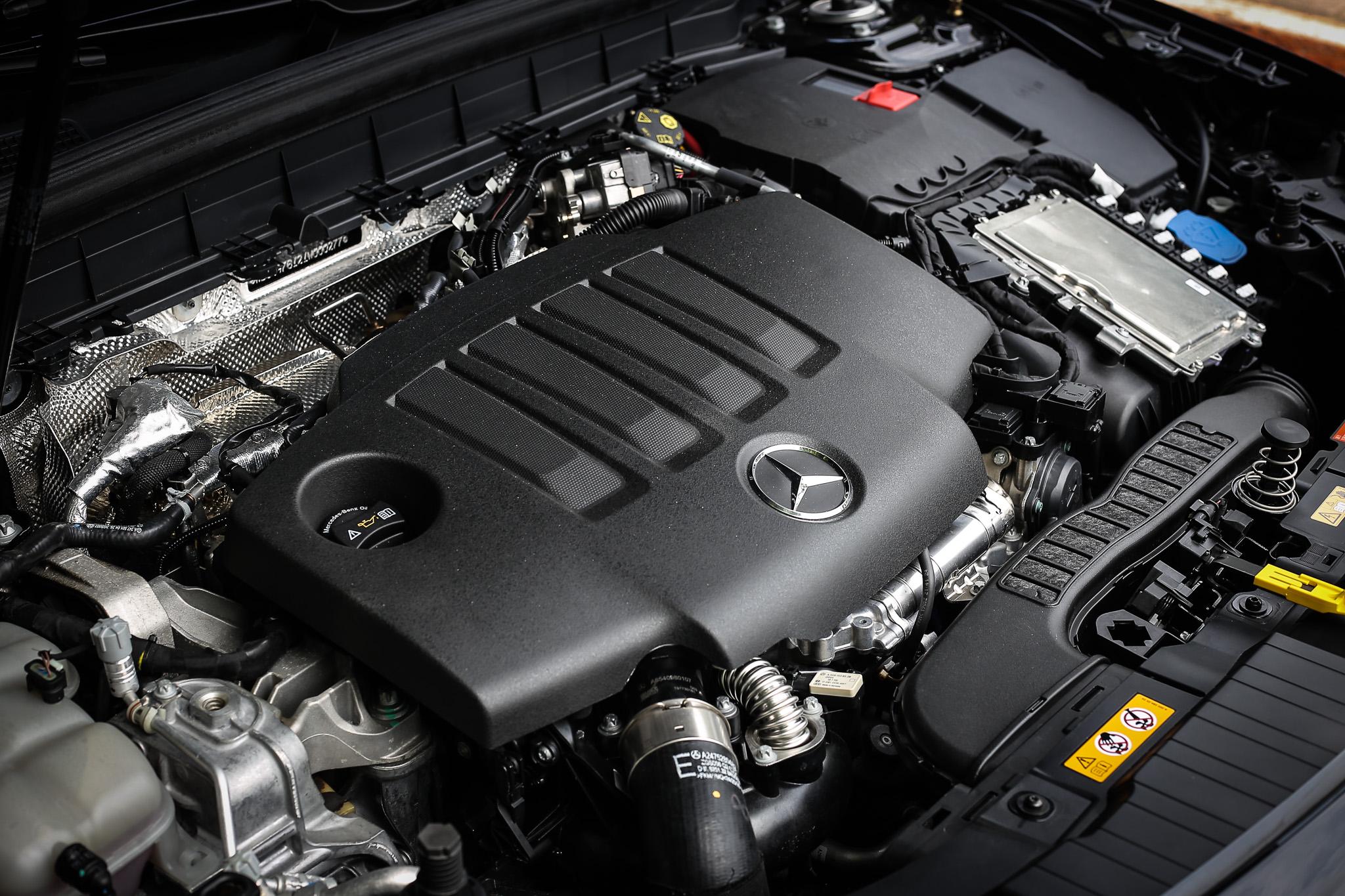 搭載 2.0 升柴油引擎,具備 150hp/3400-4400rpm 最大馬力與 320Nm/1400-3200rpm 最大扭力。
