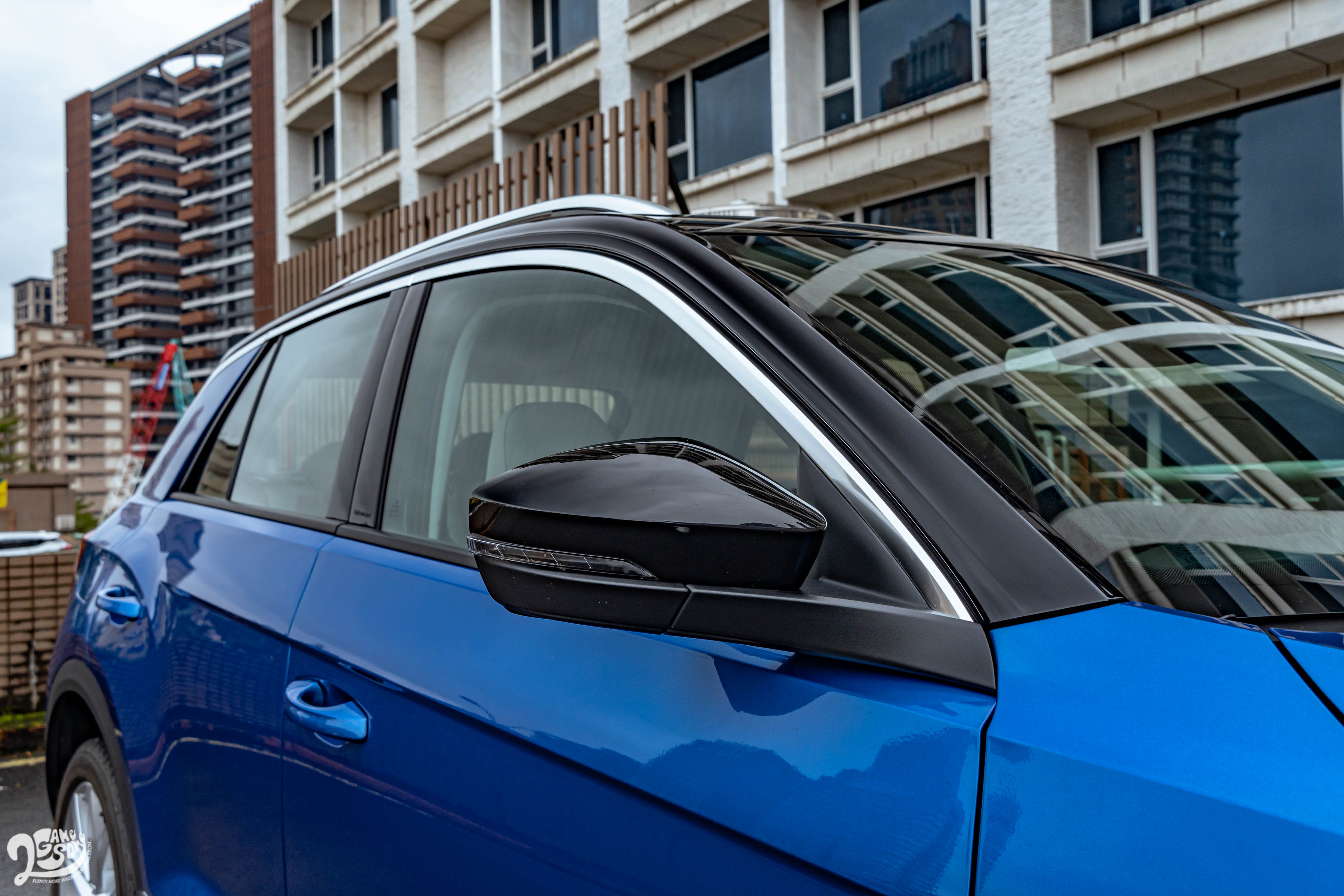 雙采車身設計帶來了更活潑的視覺感受。