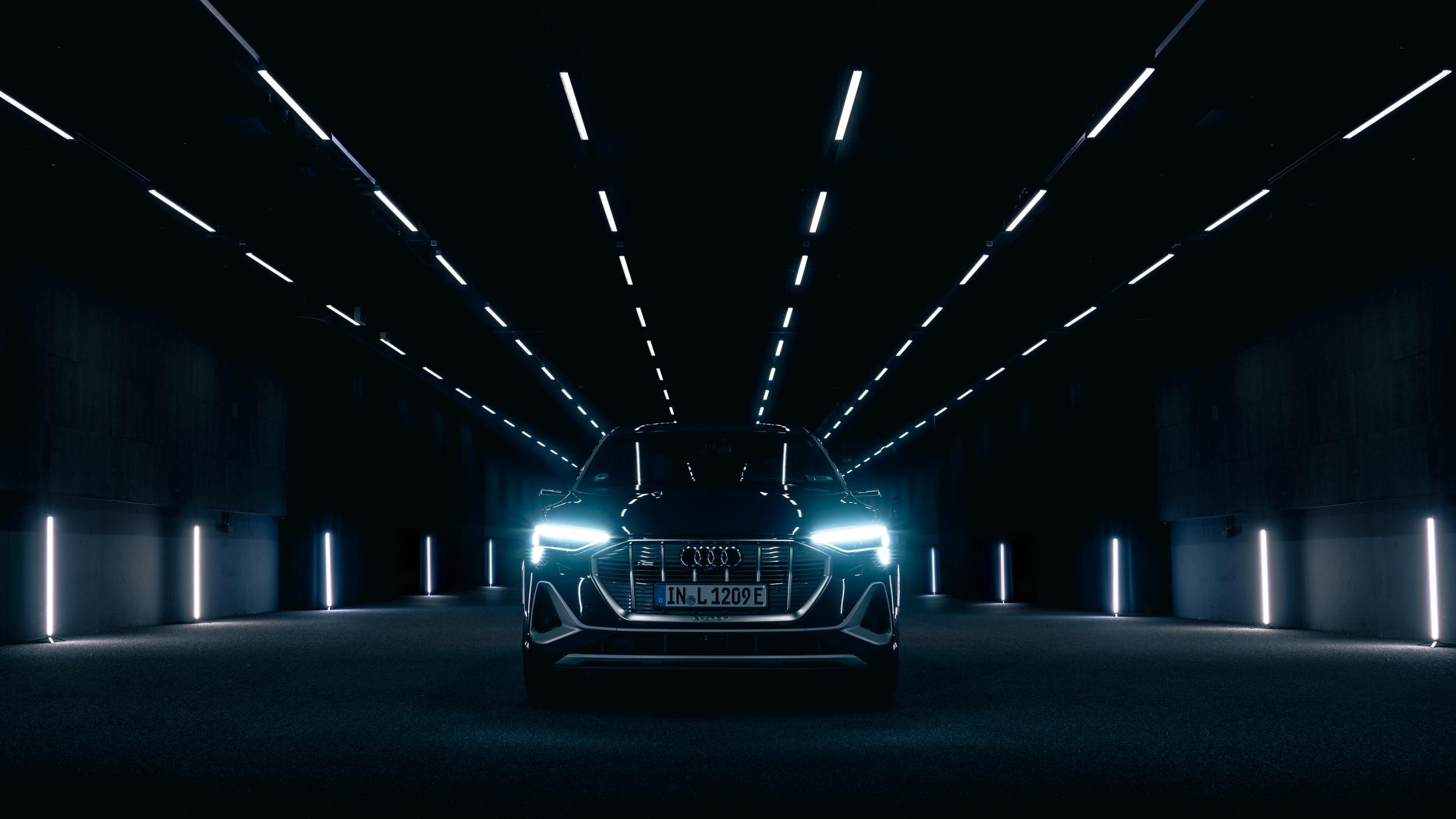Audi 四環科技|前瞻智慧燈光科技引領車壇