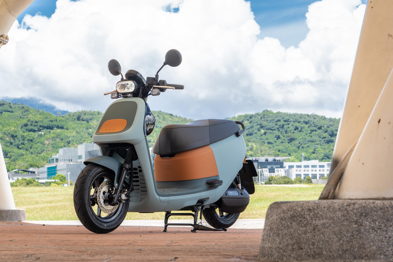 試駕車型為 VIVA XLBelt 版本,售價為新台幣 77,980 元。