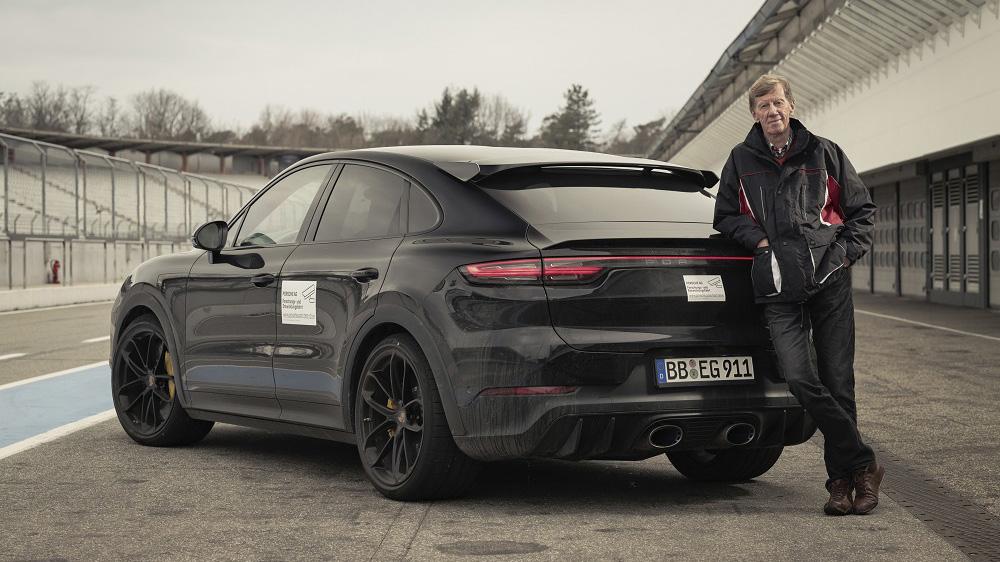 Porsche Cayenne 高性能車款測試中,傳奇車手親自操駕