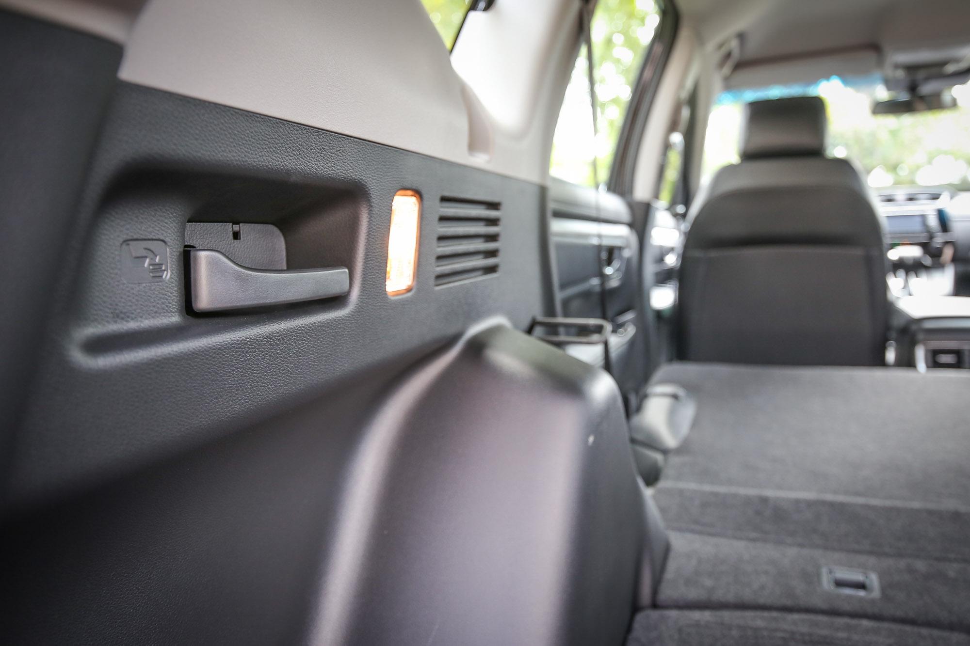 就算隸屬客貨車認證,但 CR-V 寬敞的後廂容積同級仍難出其右。
