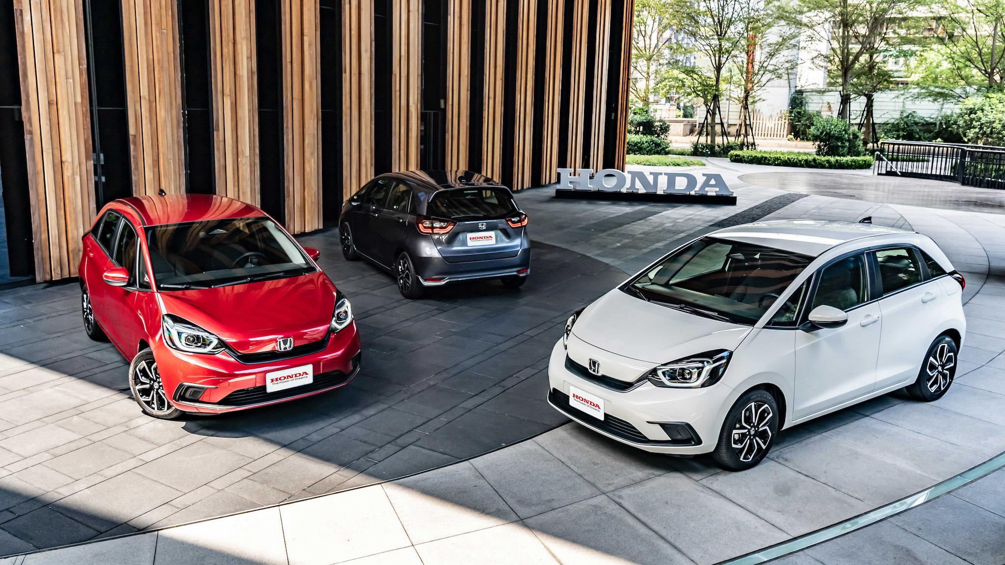 全新 Honda FIT 汽油版先登場 74.9 萬比預售更便宜