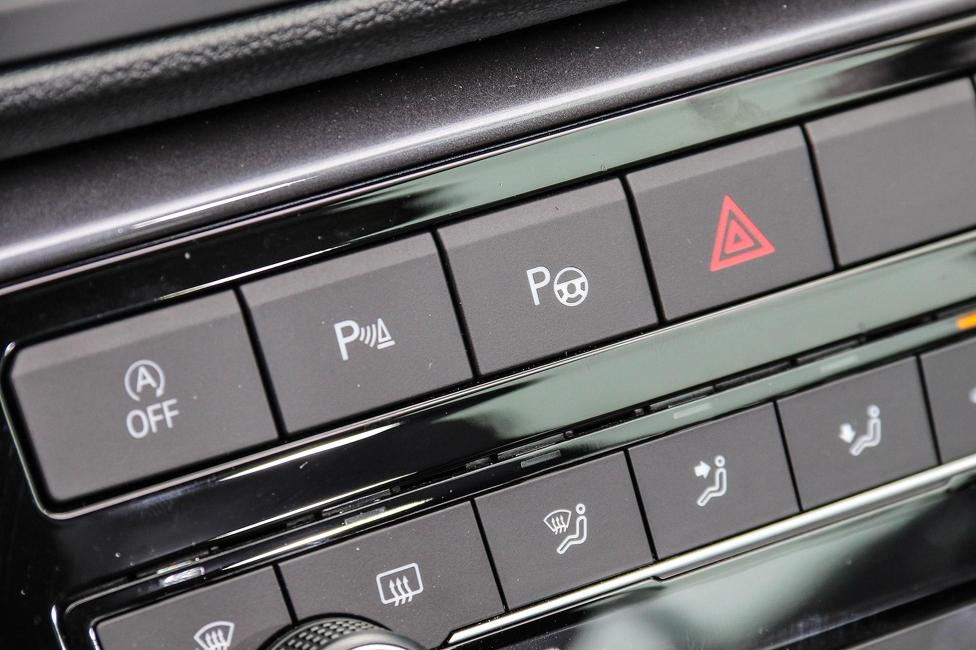 自動停車輔助系統也是 Style Design 車型以上標配。