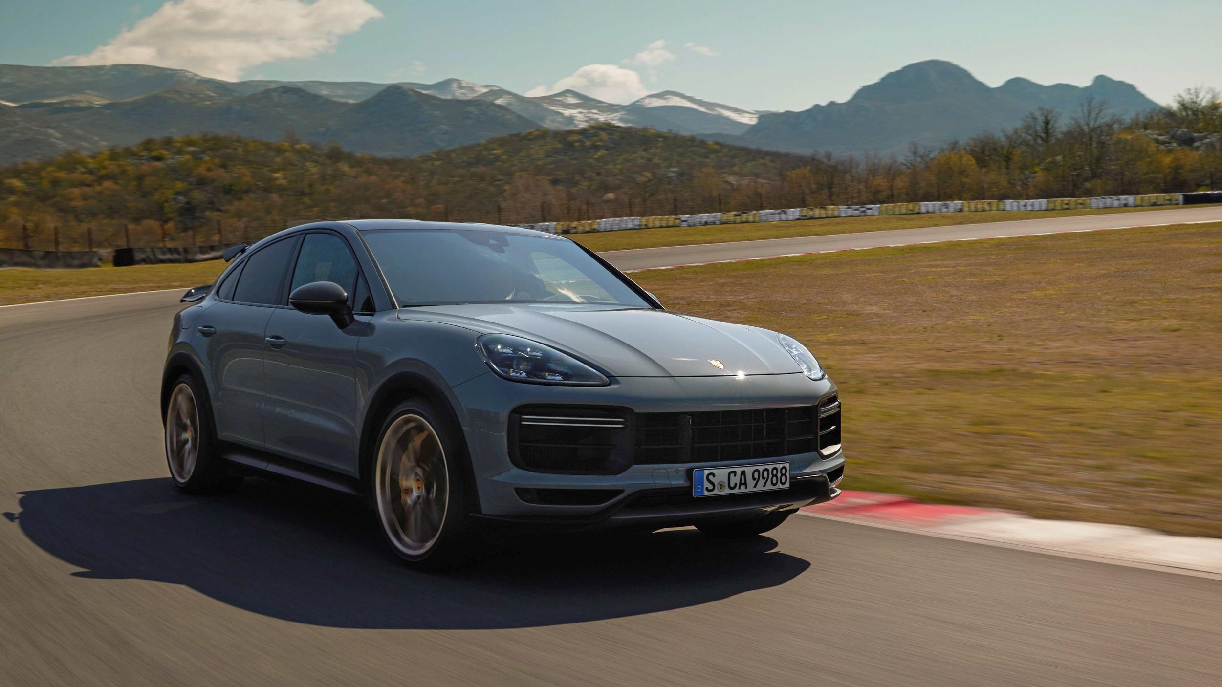 紐柏林紀錄新王者!Porsche 全新 Cayenne Turbo GT 新台幣 950 萬起現身!